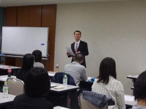 resize7.研修チーム1_担当 行松監事.jpg